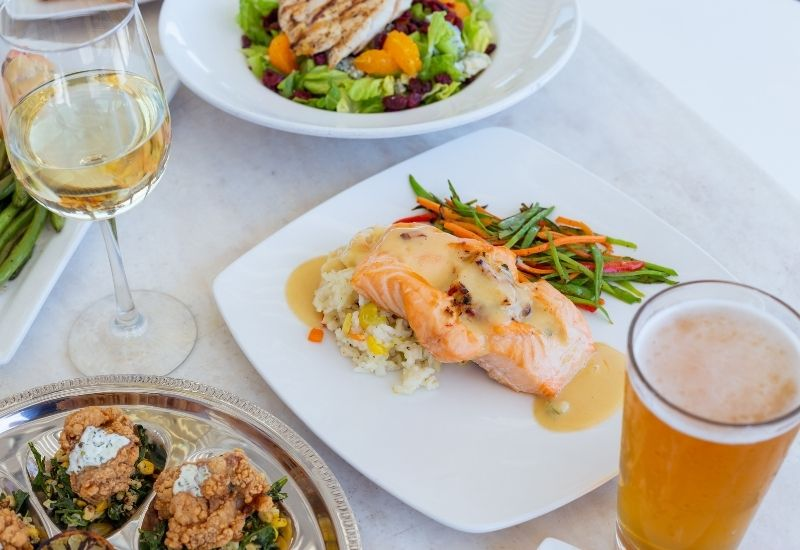 Thanksgiving Dinner at Oceanic